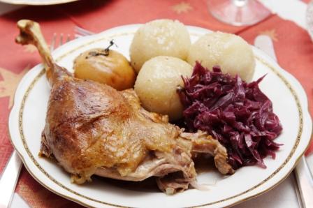 turkey leg potato cabbage