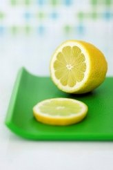 How long do the health benefits of cut lemons last?